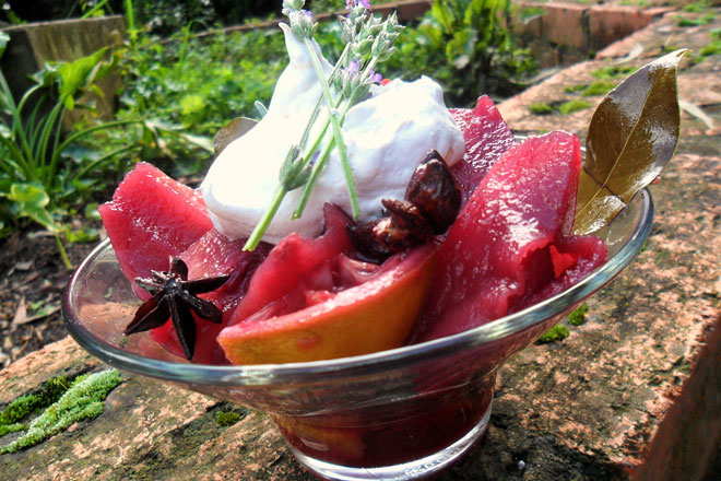 Red Wine Poached Pears Photo : Jackie Cameron