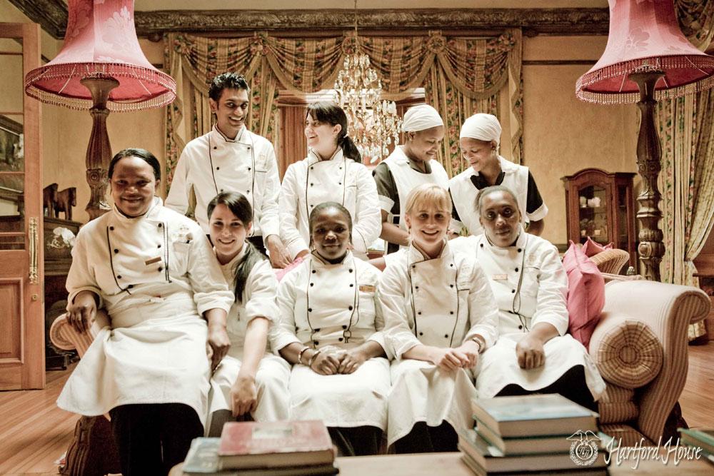 Jackie Cameron, Zandile Mchunu, Deli Nene, Zinthle Majola and the Hartford House Kitchen Team /Cooked in Africa (p)