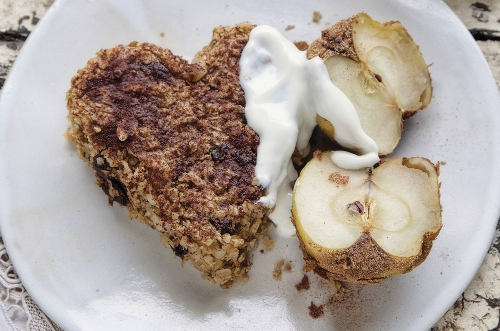 Baked Oats with Cinnamon Crusted Apples