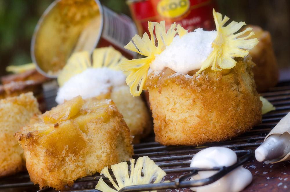 Pineapple and Coconut Cupcakes / Karen E Photography (p)