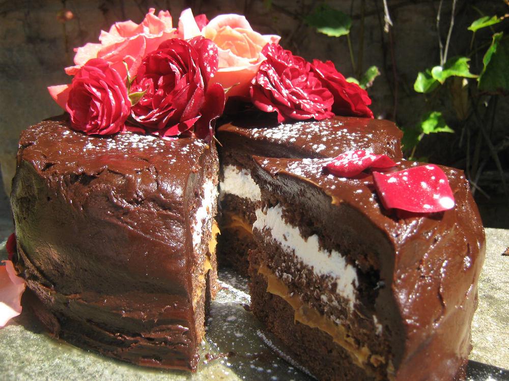 Belgium Chocolate Fudge Cake Recipe