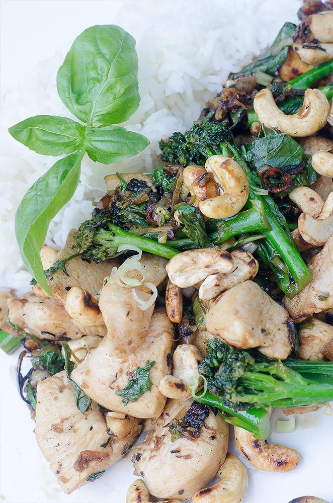 Thai Chicken Stir Fry / Karen E. Photography (p)
