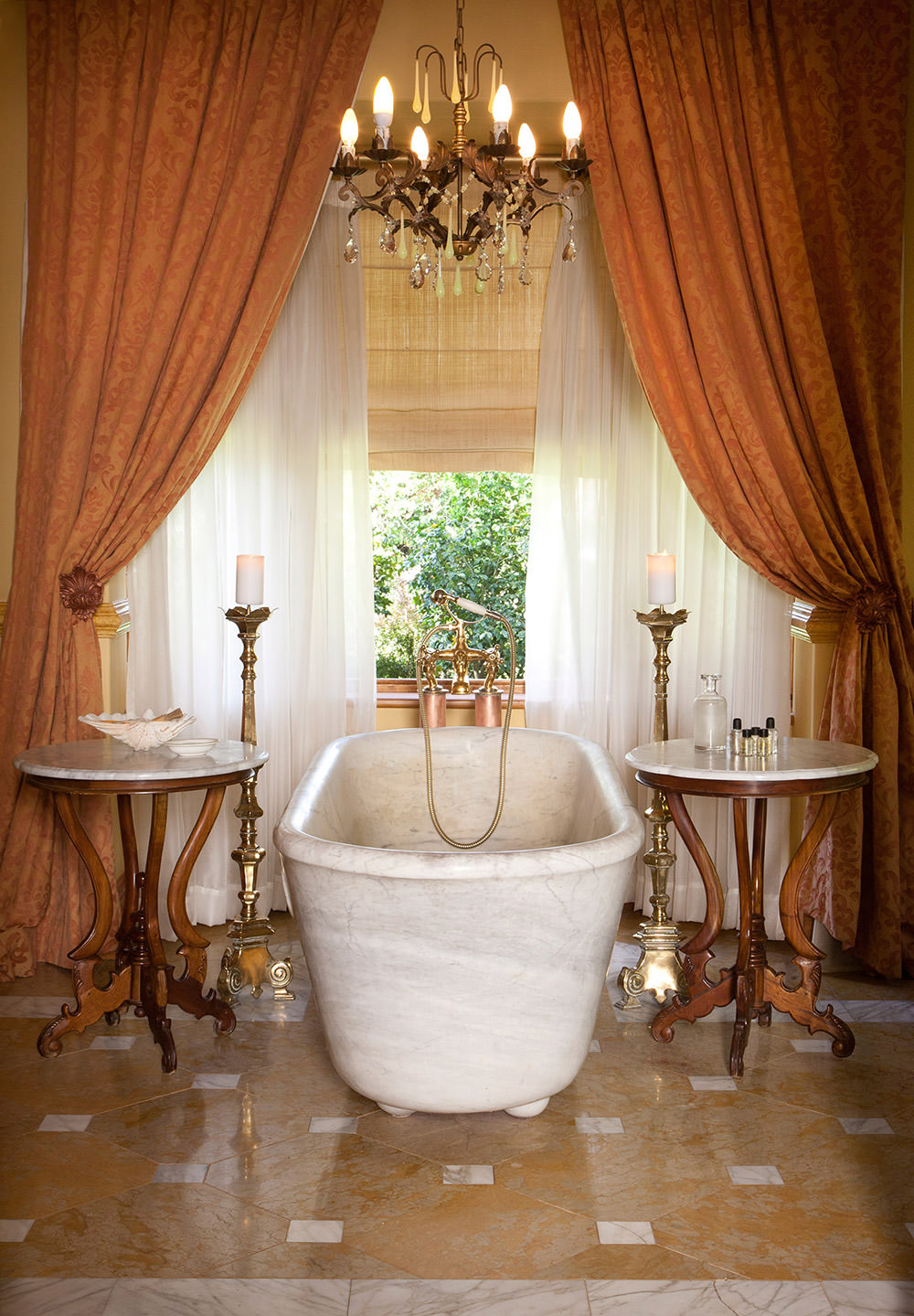 Moor Suite 1 - Marble Bath