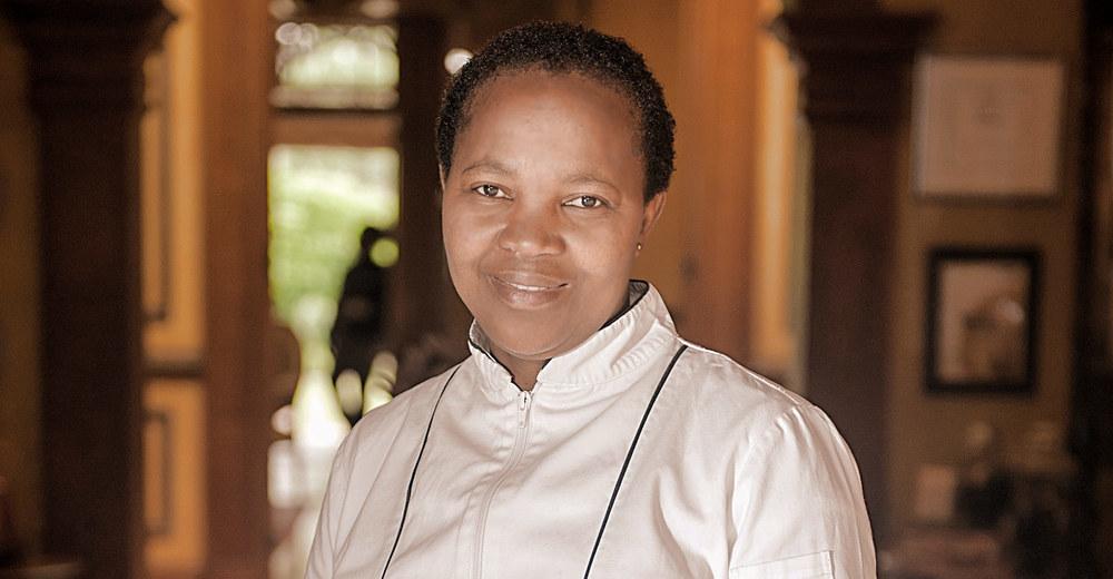 Zandile Mchunu / Adrian Shields (p)