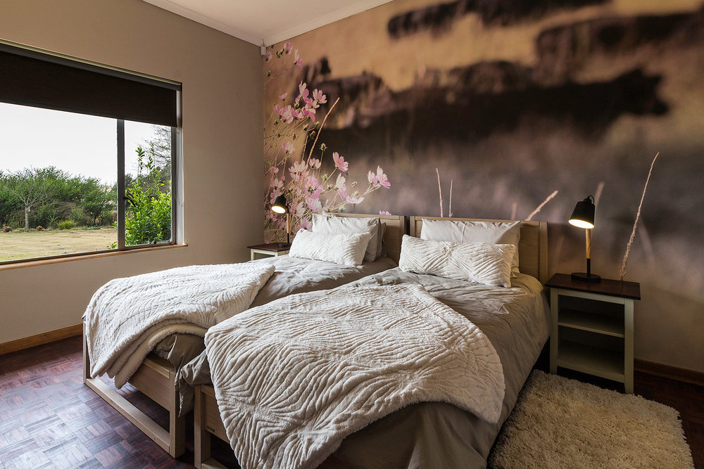 bedroom-at-hartford-country-hideaways.jpg