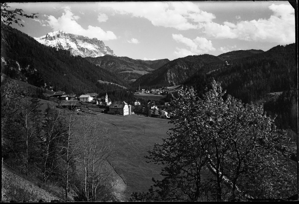 From Plaies vs. Picolin / Pikolein / Piccolino and San Martin de Tor / St. Martin in Thurn / San Martino in Badia. (Copyright: Ostaria Posta/Picolin).