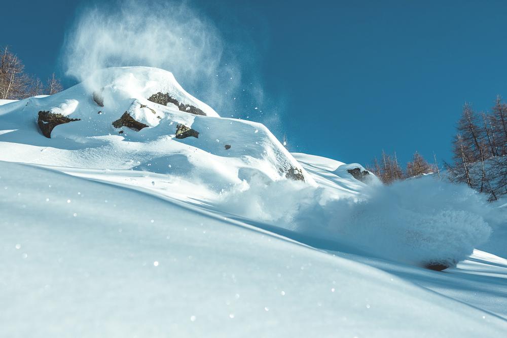 leviluggen_deep_pow_snowboard_silvanozeiter_4.jpg