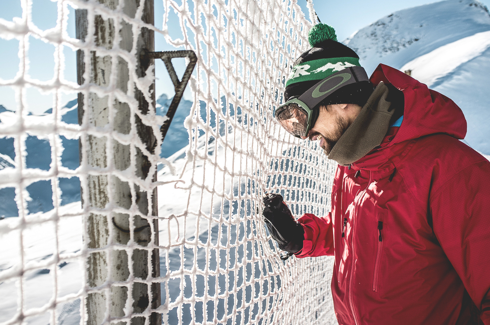 NicolasMüller_Project_Snowboarding_SilvanoZeiter_1.jpg