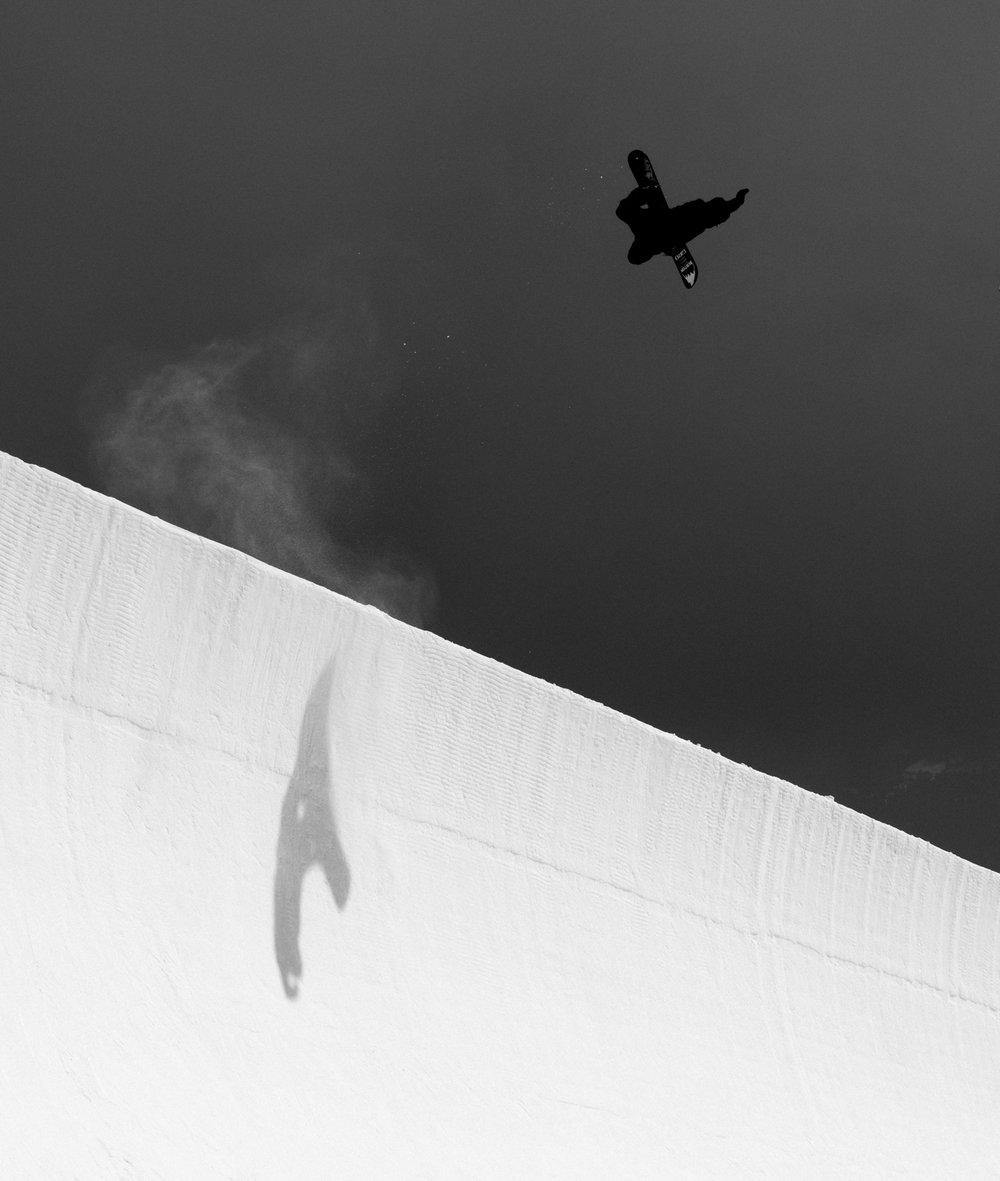 christianhaller_glue_method_snowboarding_laax_silvanozeiter