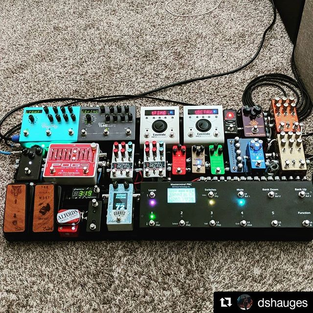 I don't care what anyone thinks, spaceship boards are my favorites! ・・・ #Repost @dshauges ・・・ There's just something that's so satisfying about designing and assembling a complex system and building my guitar rig has really helped channel that. My back is not very happy about carrying it though...maybe one day I'll figure out a way to make this thing smaller.