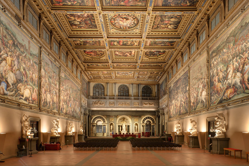 The Uffizi Gallery in Florence (courtesy of Targetti Sankey). originally designed by Giorgio Vasari and commissioned by Cosimo de Medici