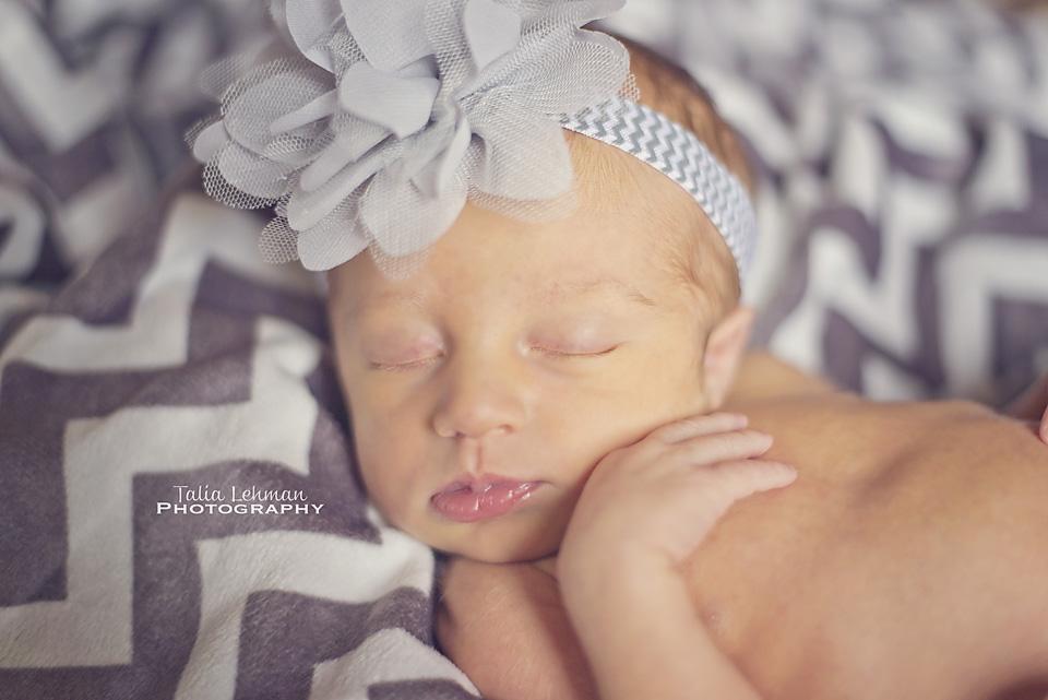 RyleeJo_Newborn 043WEB.jpg
