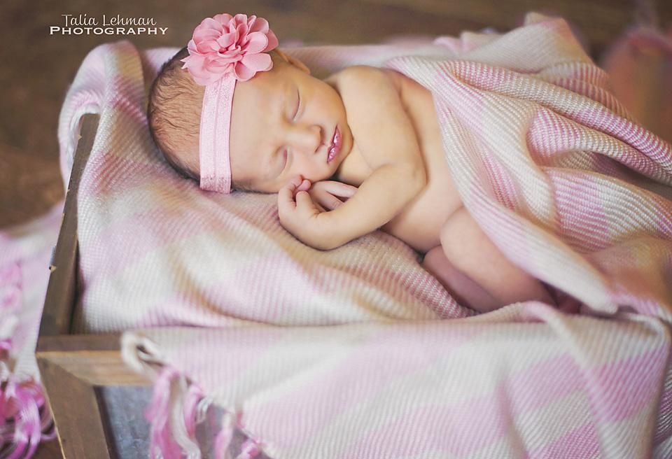 RyleeJo_Newborn 108WEB.jpg