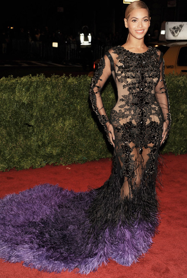 lookpurdy-e28093-beyonce-knowles-in-givenchy-couture-e28093-2012-met-gala-1.jpg