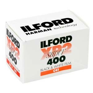 ilford | XP2 400 Super B negative film (C-41) 120mm