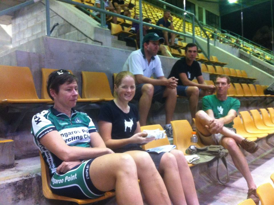 Being a member of @KangarooPointCC is about a lot more than just riding your bike! We have 17 members racing, volunteering and spectating at the #QLDmasters tonight! #clubpride