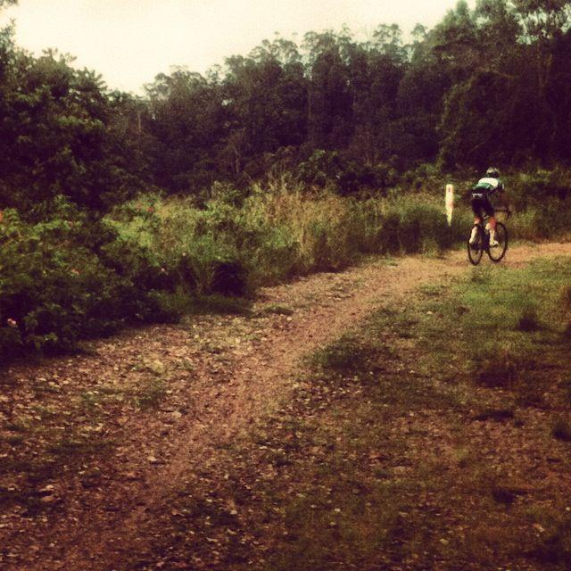 Nothing like a morning on the goat track to start the day! #singletrackonaroadie     — with   Tom Cassingham