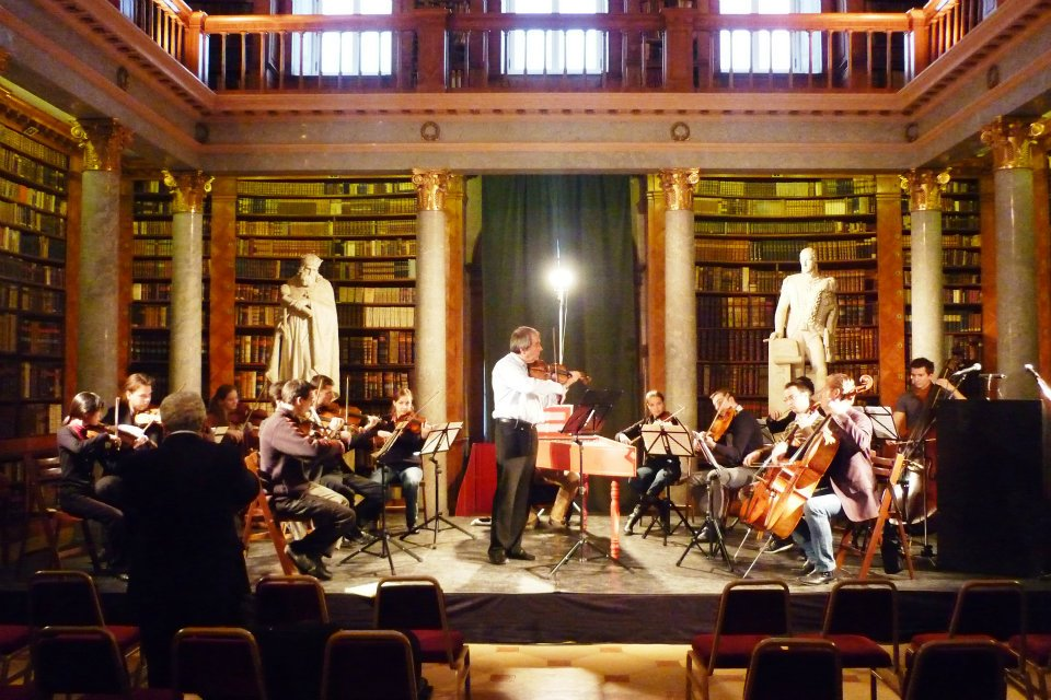 Concert in Pannonhalma with János Rolla, November 2011