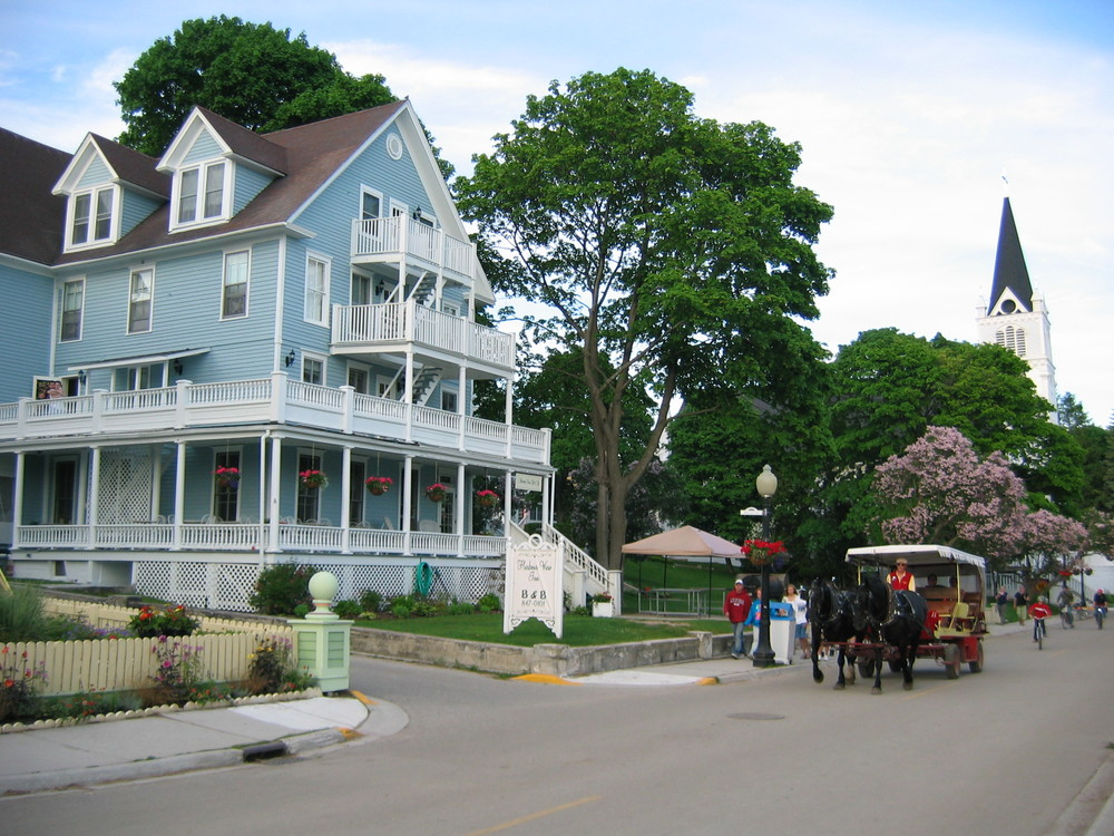 Quaint scenes like this are everywhere on Mackinac