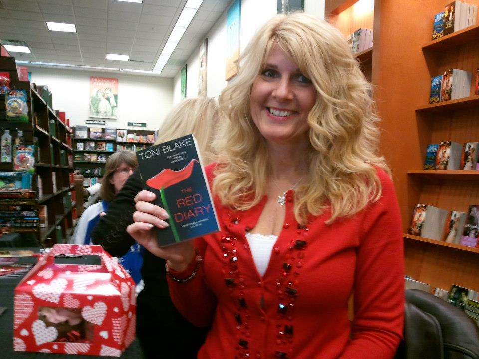 With THE RED DIARY - thanks to everyone who bought a copy at the signing!
