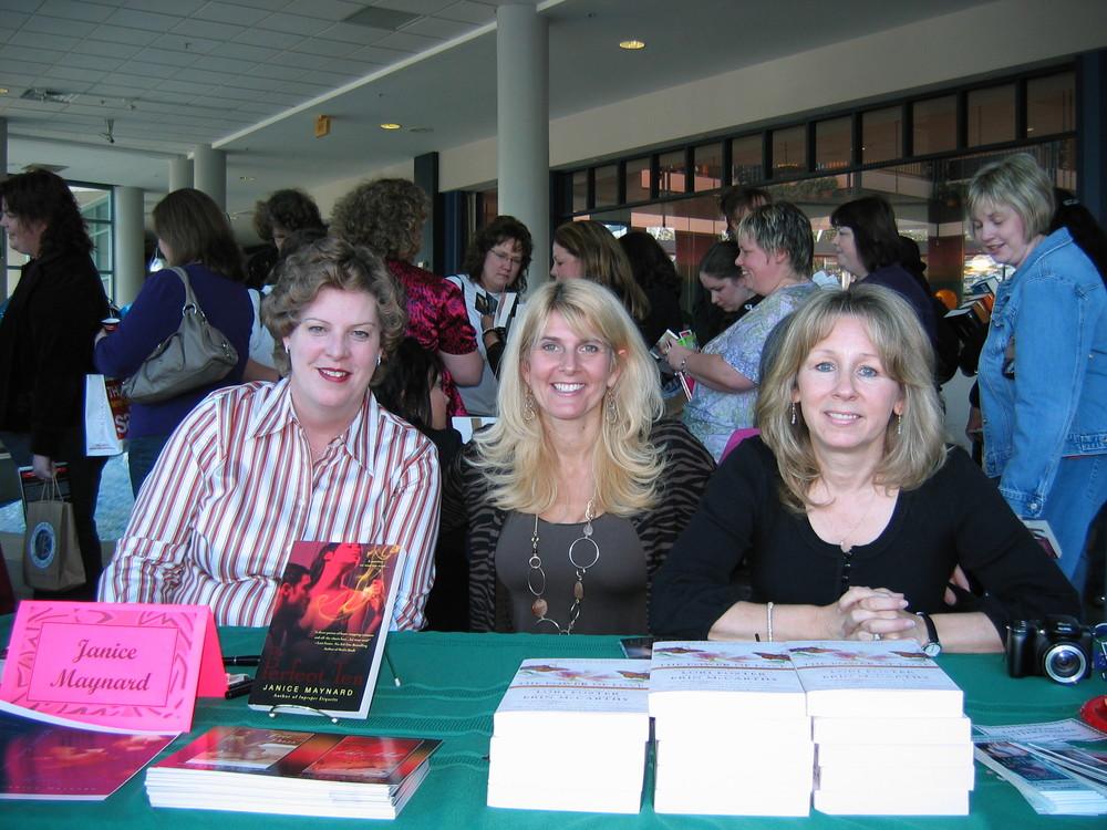 Janice, Toni, Lori 2.jpg