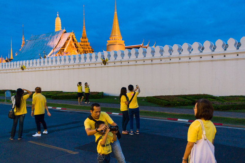 grand_palace_bangkok_night