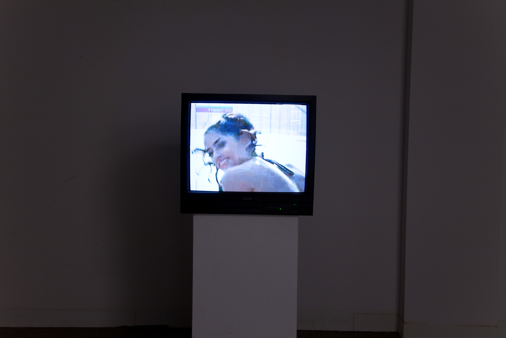 Phoebe Collings-James  Golden Gate  2012 Digital video 2 minute loop