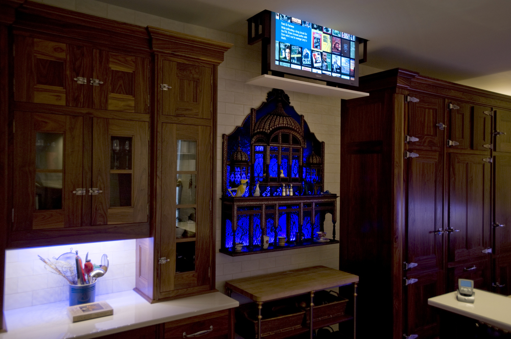 Kitchen TV lift.JPG