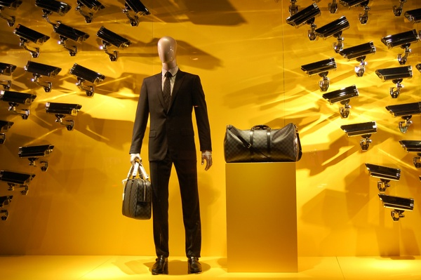 Louis Vuitton boutique window display, MyModernMet.com