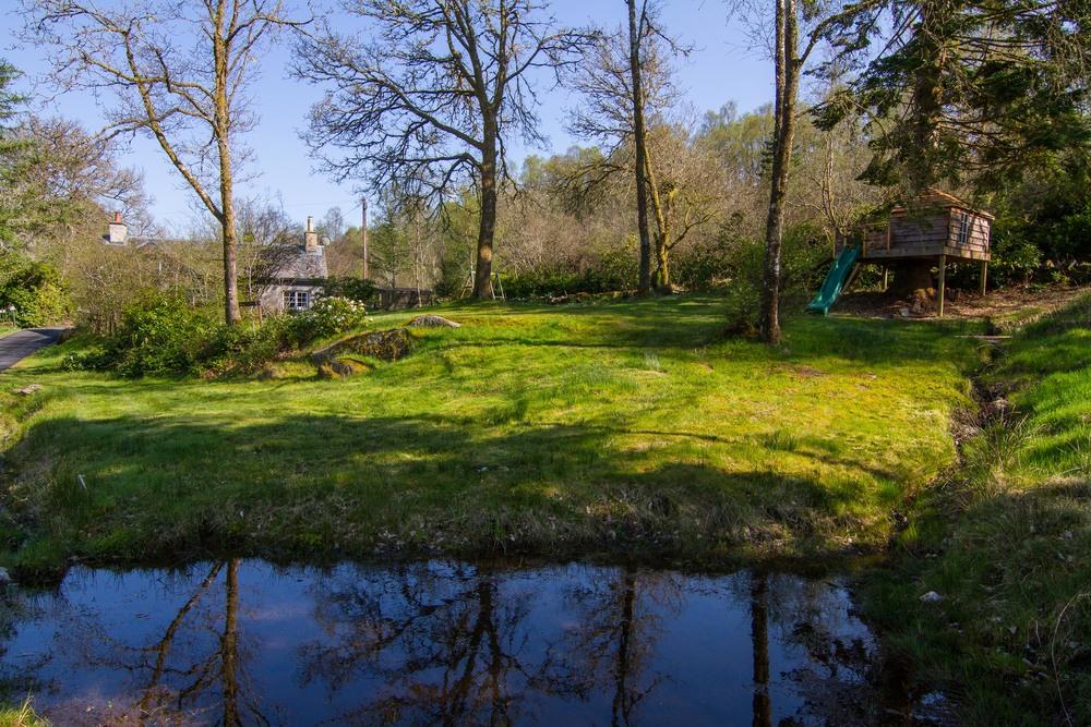 lodge garden-3.jpg