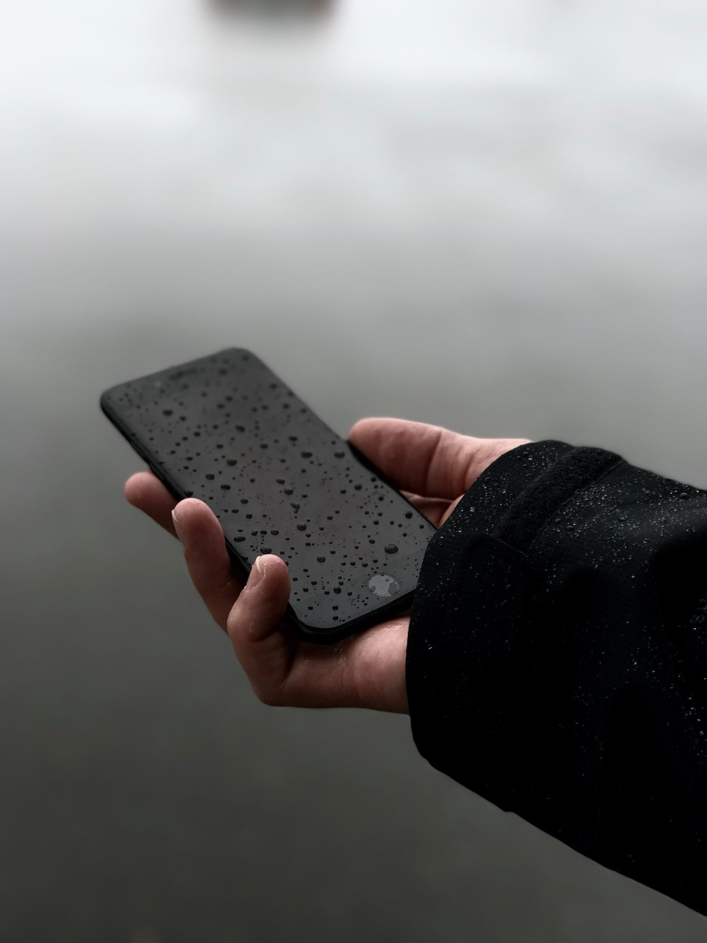 iPhone 7 in the rain.