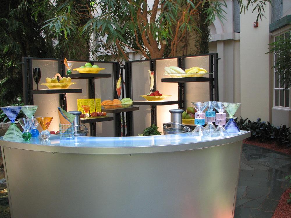 6' Gourmet Flexi Portable Bar w Vertical Wall.jpg