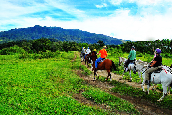 horseback-costa-rica.jpg
