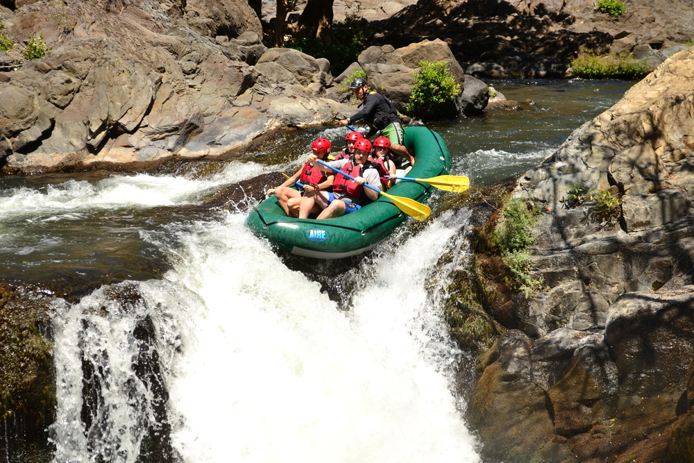 Costa Rica River Rafting 2.JPG