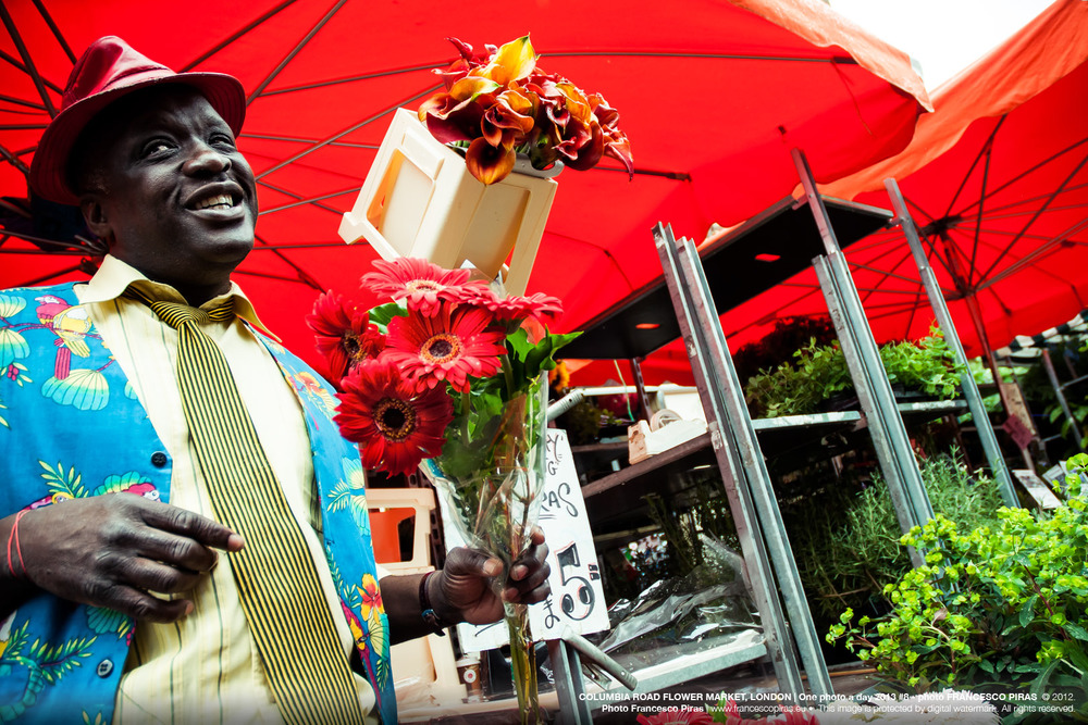 COLUMBIA ROAD FLOWER MARKET, LONDON | One photo a day 2013 #8 - photo FRANCESCO PIRAS  © 2012. Photo Francesco Piras | www.francescopiras.eu •  This image is protected by digital watermark. All rights reserved.