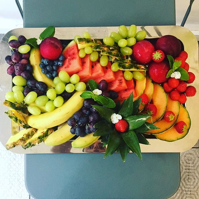 Thanks for the order #ciot! Hope you will enjoy it! #fresh #fruit #beautiful #healthy #fruitplatter #healthylunch #catering  #tryharder