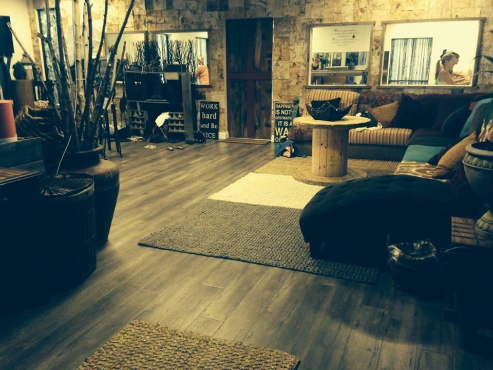 lobbypic2.jpg
