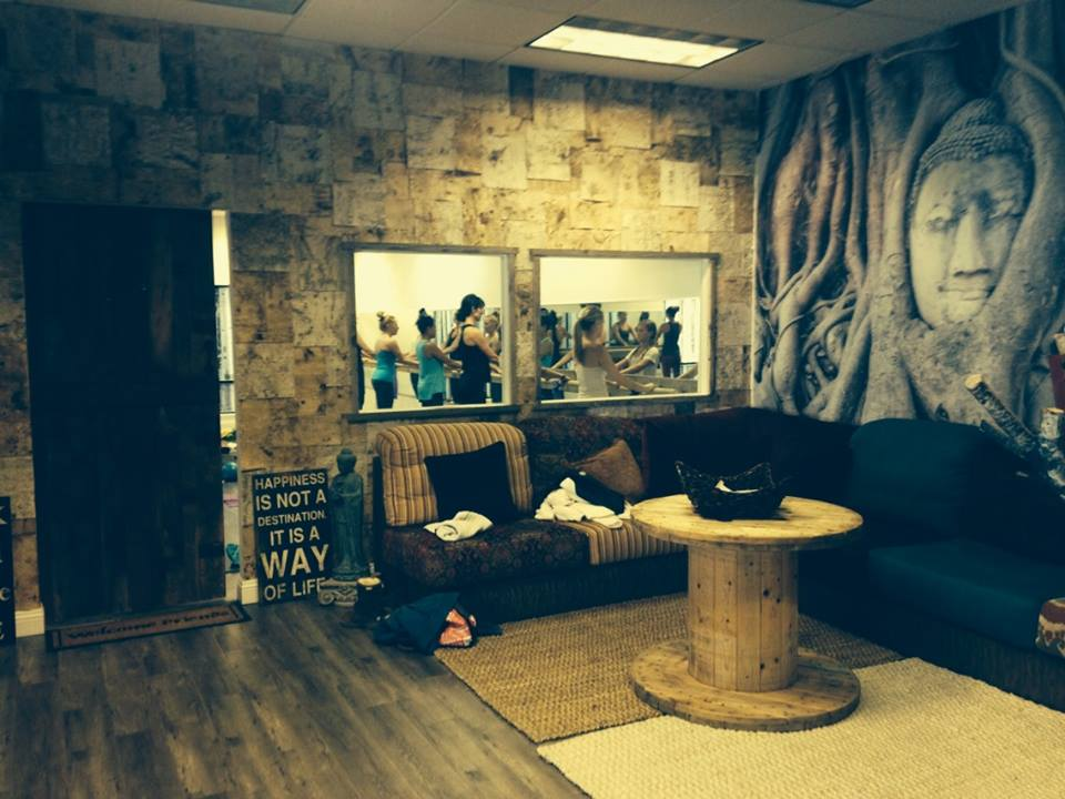lobbypic4.jpg