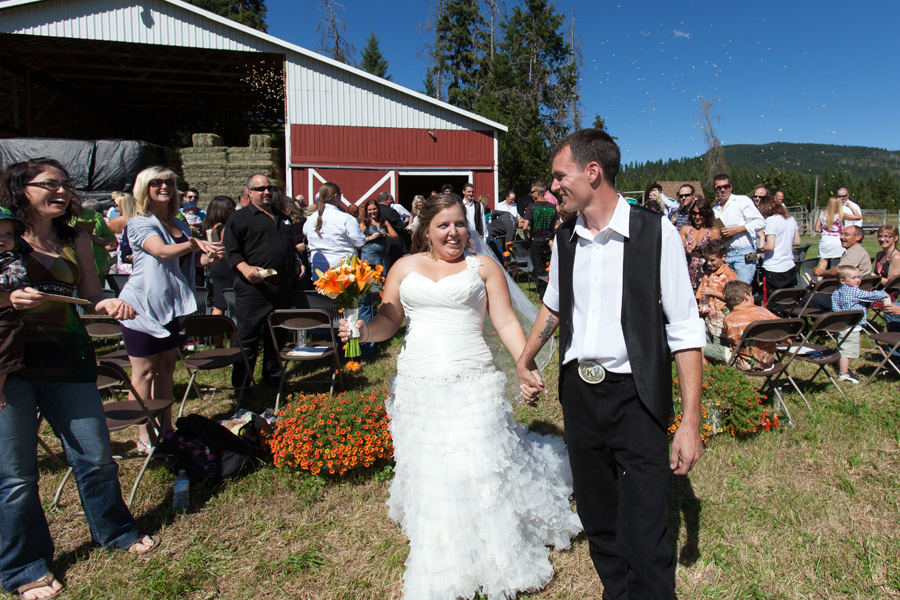 Amanda and Kniven's Lumby Wedding, Vernon Wedding phographer Morten Byskov