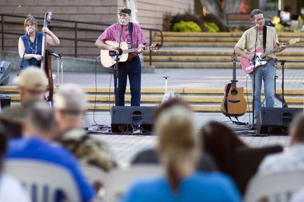 Downtown Vernon BC, Concert