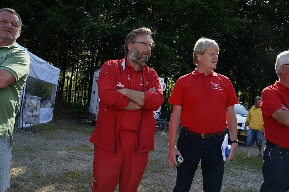 Ole Torp, Pape, Darfeldt, og Tikjøb. Fjeldvig (forhenv. U18/23 Landstræner) i baggrunden. Sikken et kropssprog!