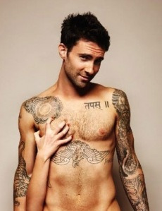 adam-levine-naked-rock_star-yogi-gym-304.jpeg