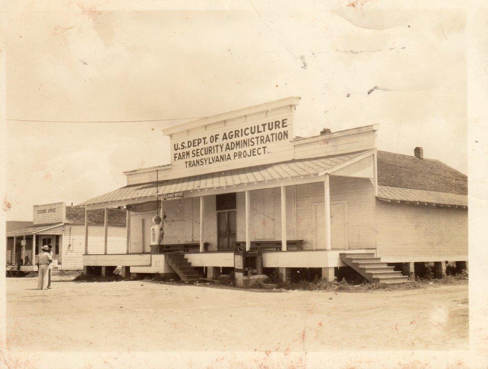 Transylvania Store 1938001.jpg