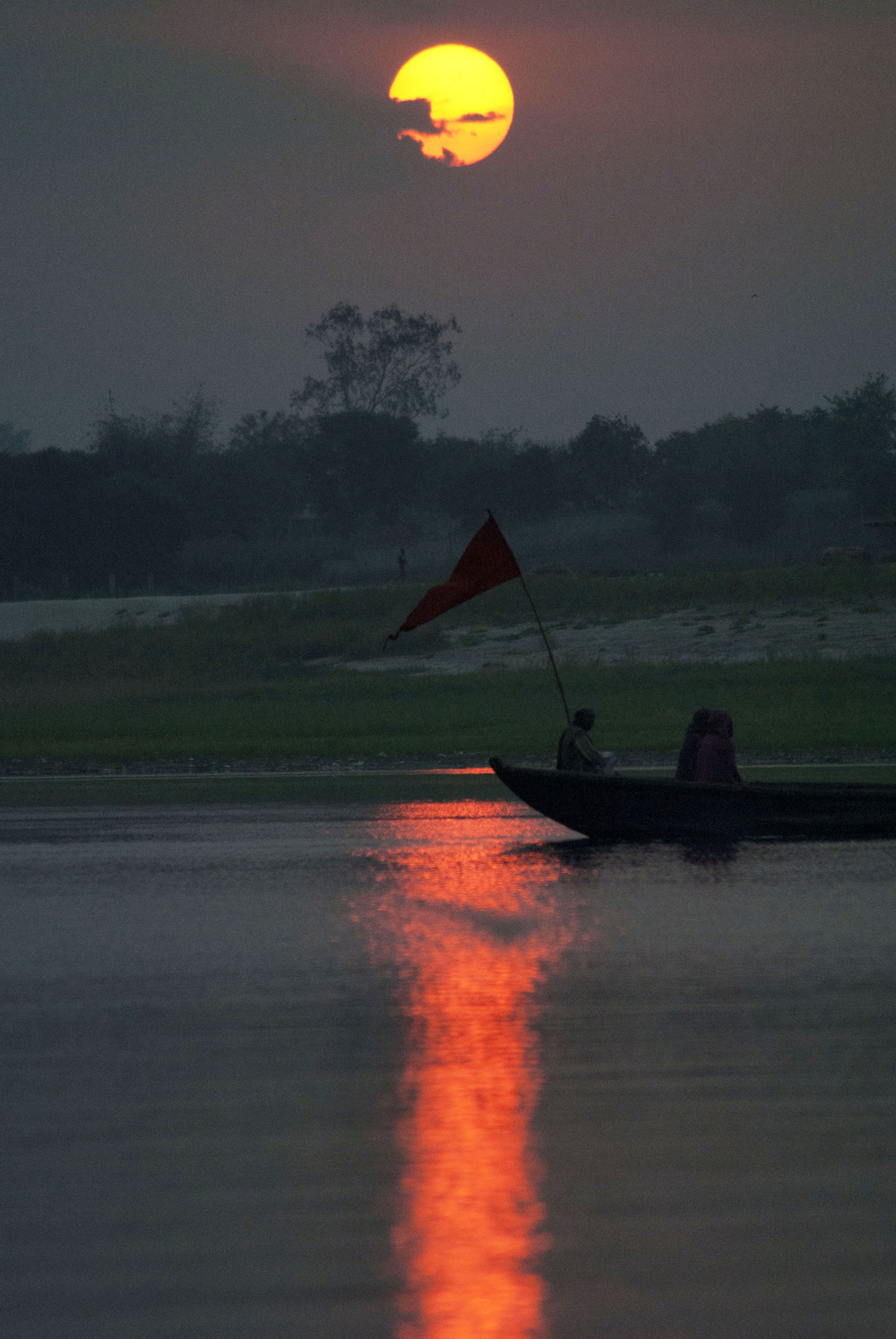 Sunrise Over Ganges