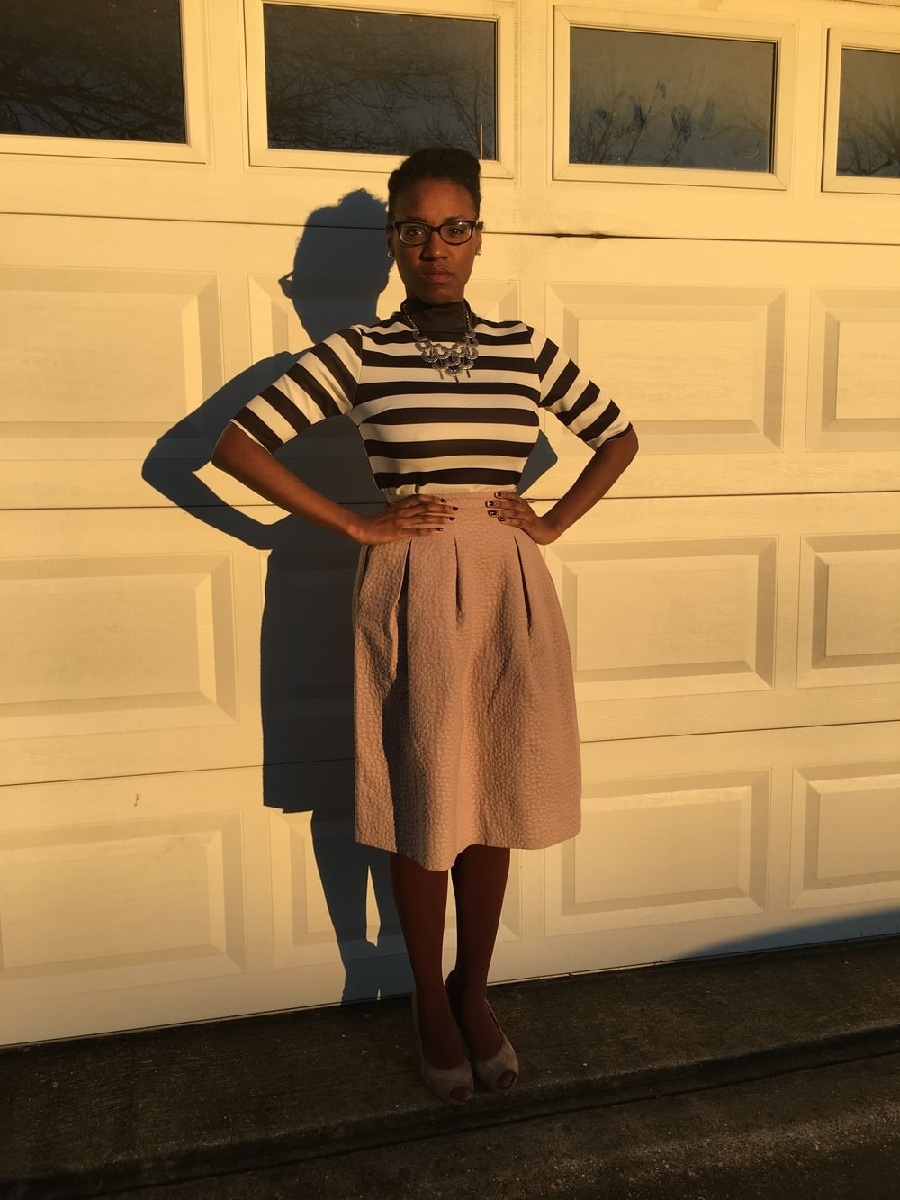 outfit details - shirt: Zara; skirt: H&M; shoes: Gianni Bini; necklace: gifted vintage