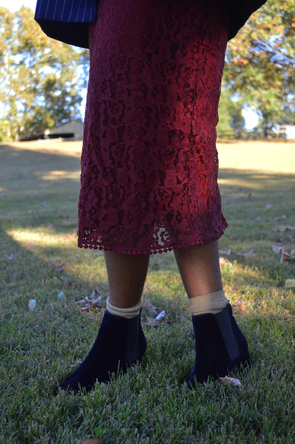 h-and-m-burgundy-skirt.jpg