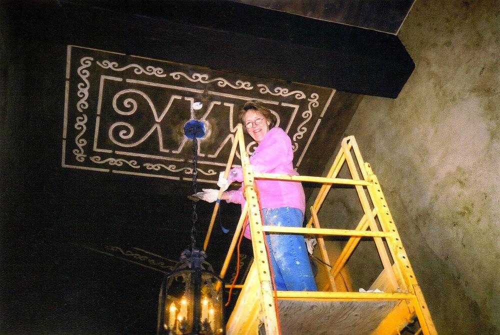 Wedi-scaffolding-hall-cieling-panals.jpg