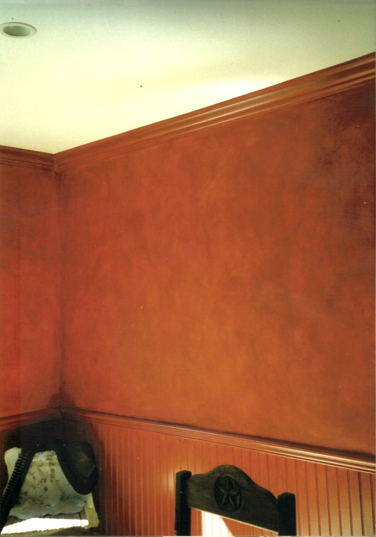 red dinning room.jpg