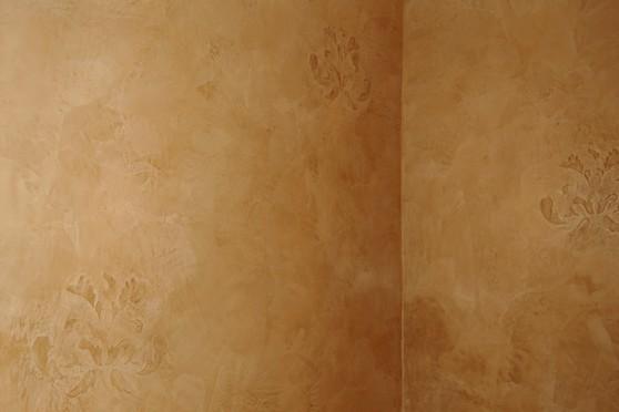 venetian plaster embossed wall.jpg