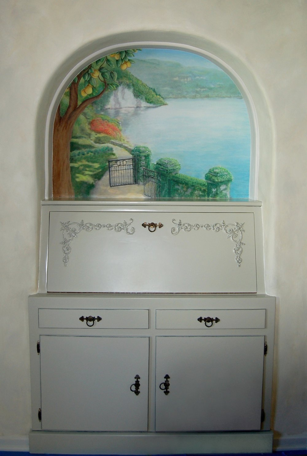 Once installed, a little touch up and colors were added to adjust the painting to the room and lighting.